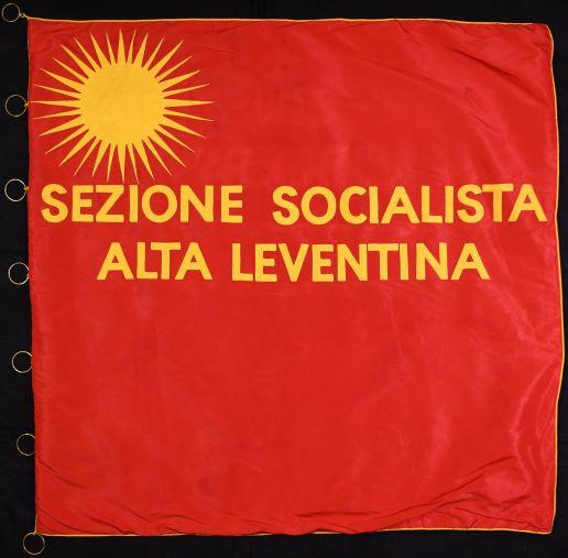 La bandiera dell'Alta Leventina socialista (1945)
